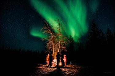 034 - aurora borealis wedding photos