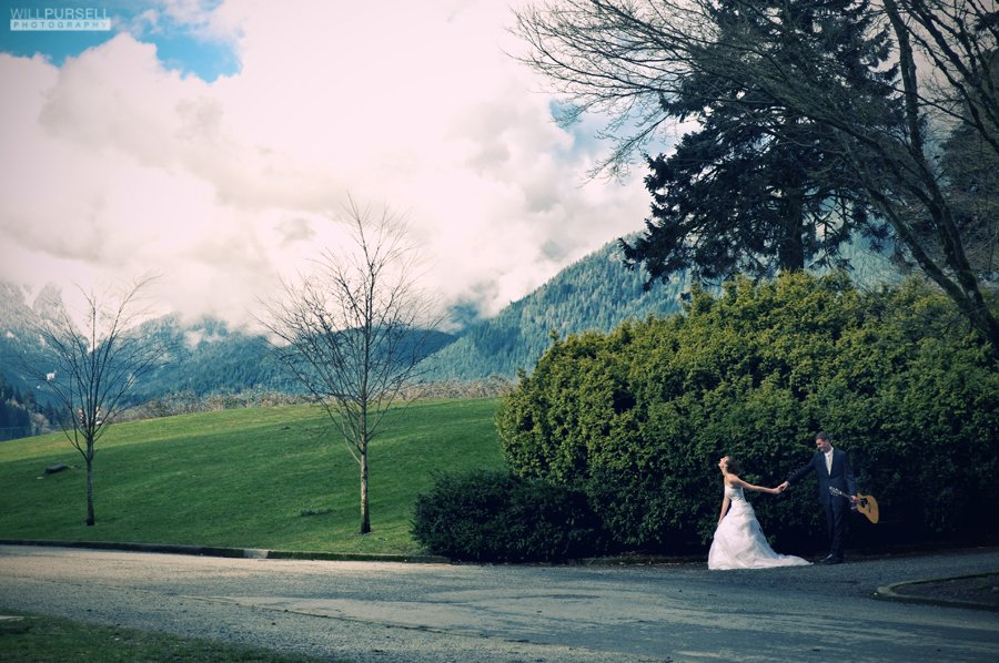 wedding images at capilano lake bc