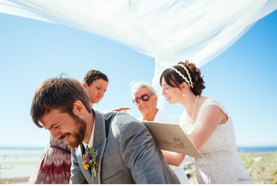 wedding-signing