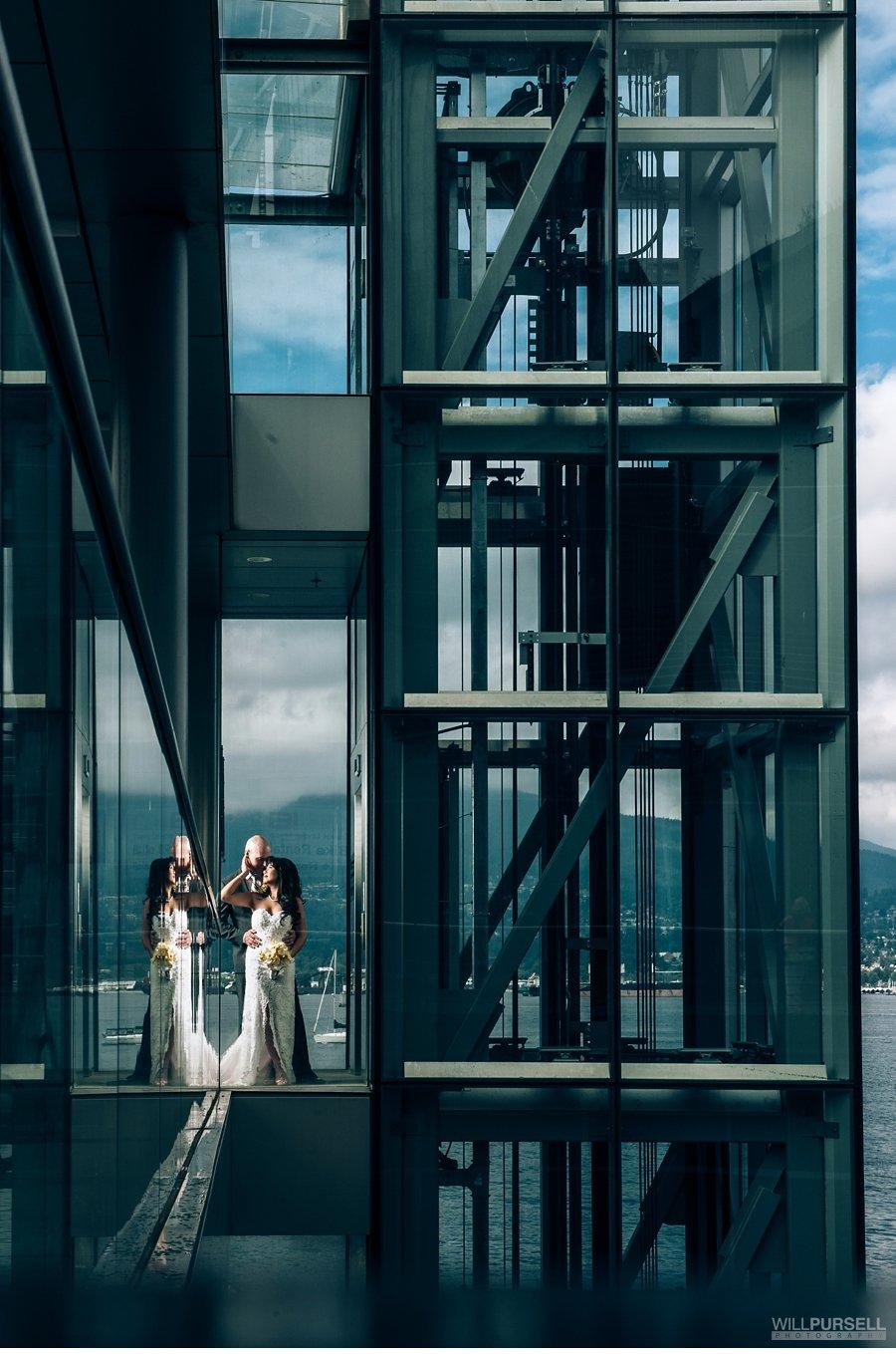 coal harbour vancouver wedding photo