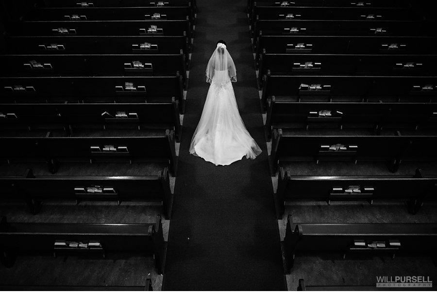 bridal photo in church