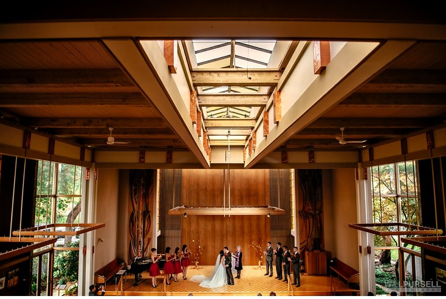wedding first kiss at unitarian church of vancouver