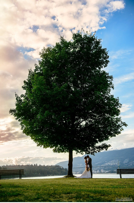 stanley park wedding photo