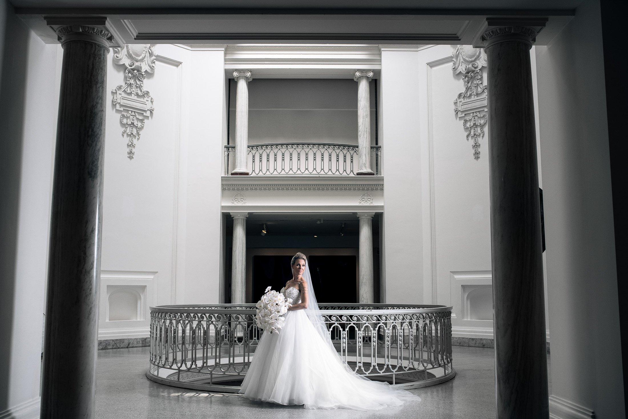 Vancouver Photoshoot Locations Art Gallery Wedding