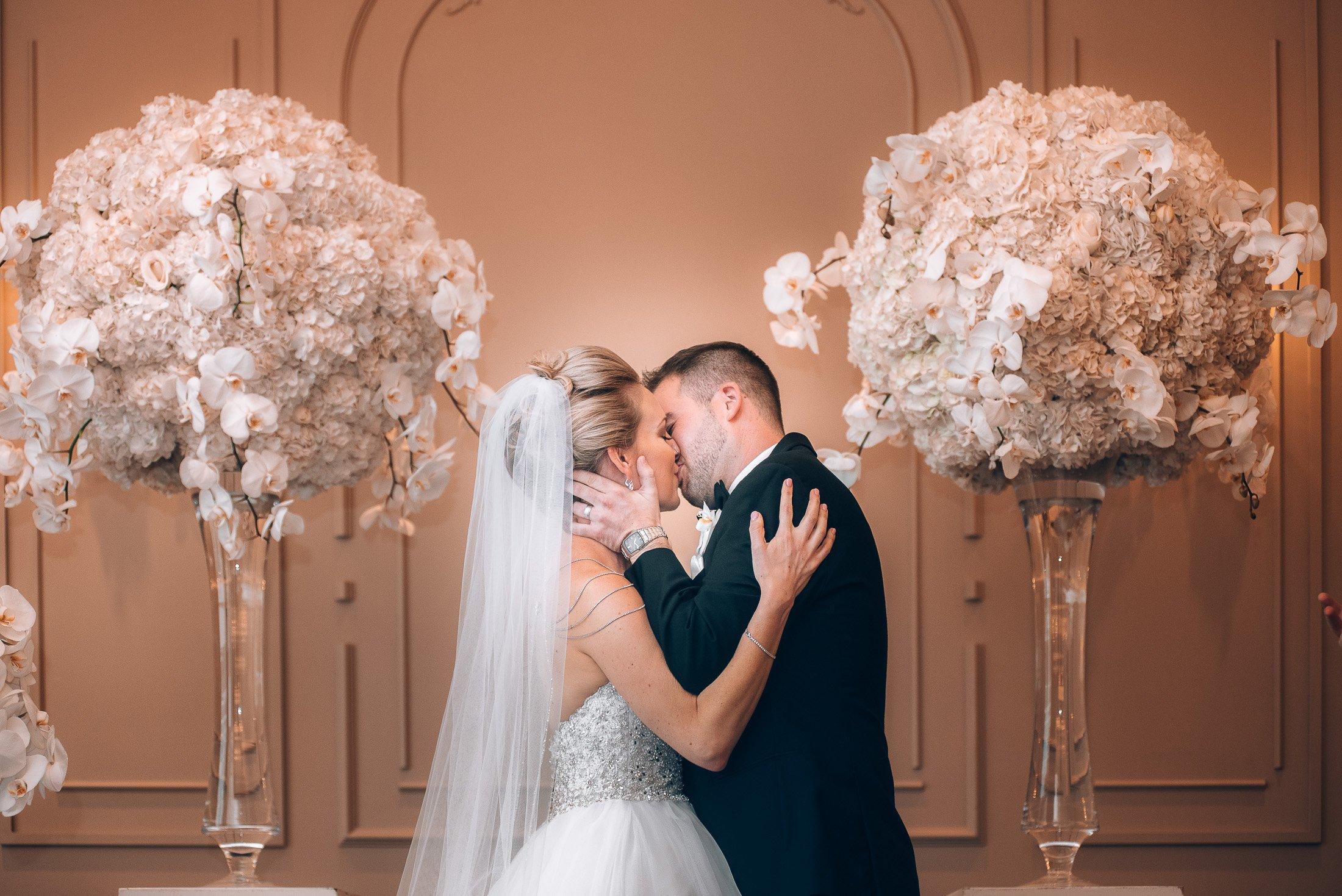 Indoor Wedding: Terminal City Club And Vancouver Art Gallery Wedding