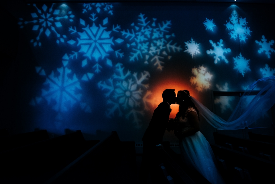 indoor winter wedding photos