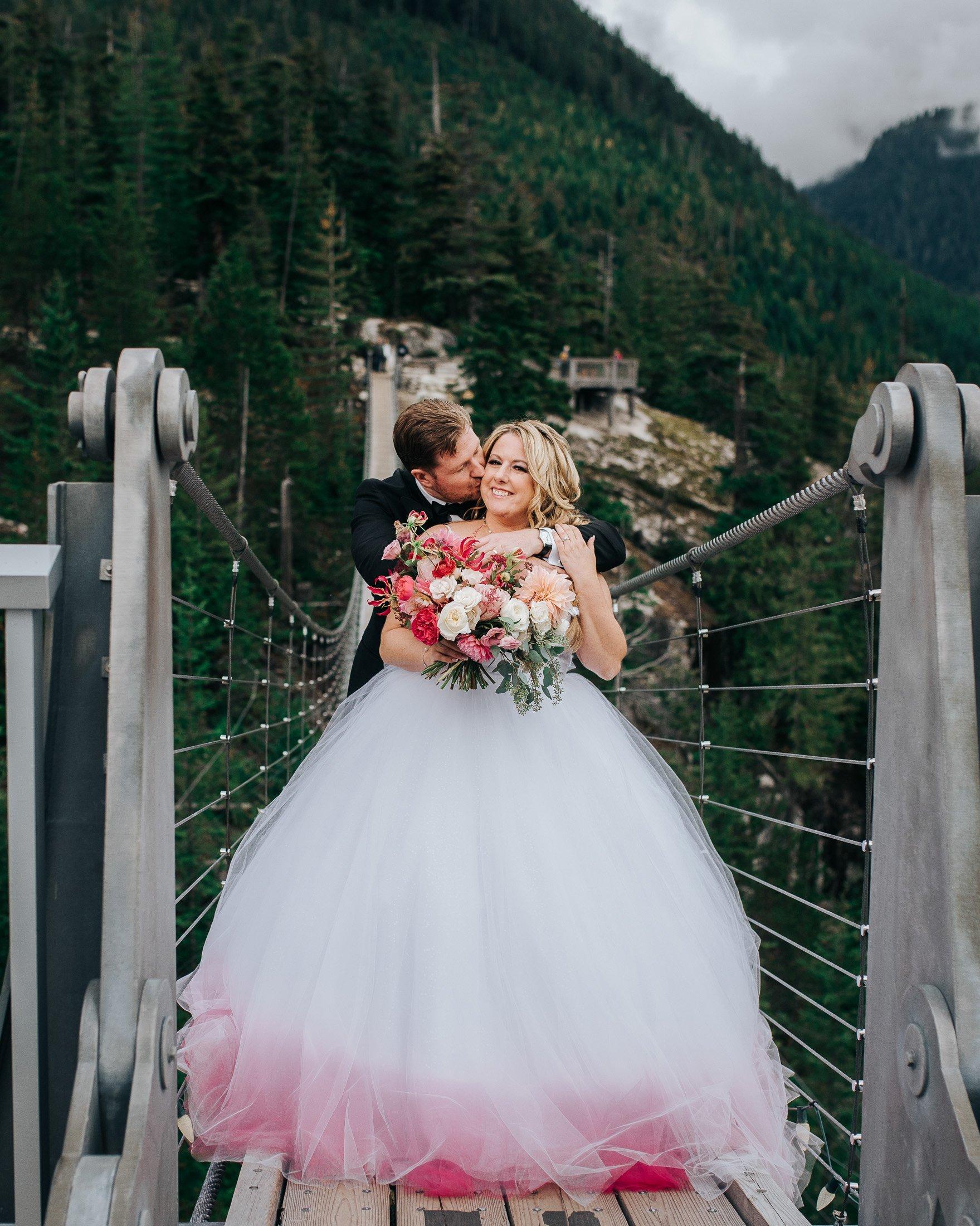 sea to sky gondola suspension bridge wedding