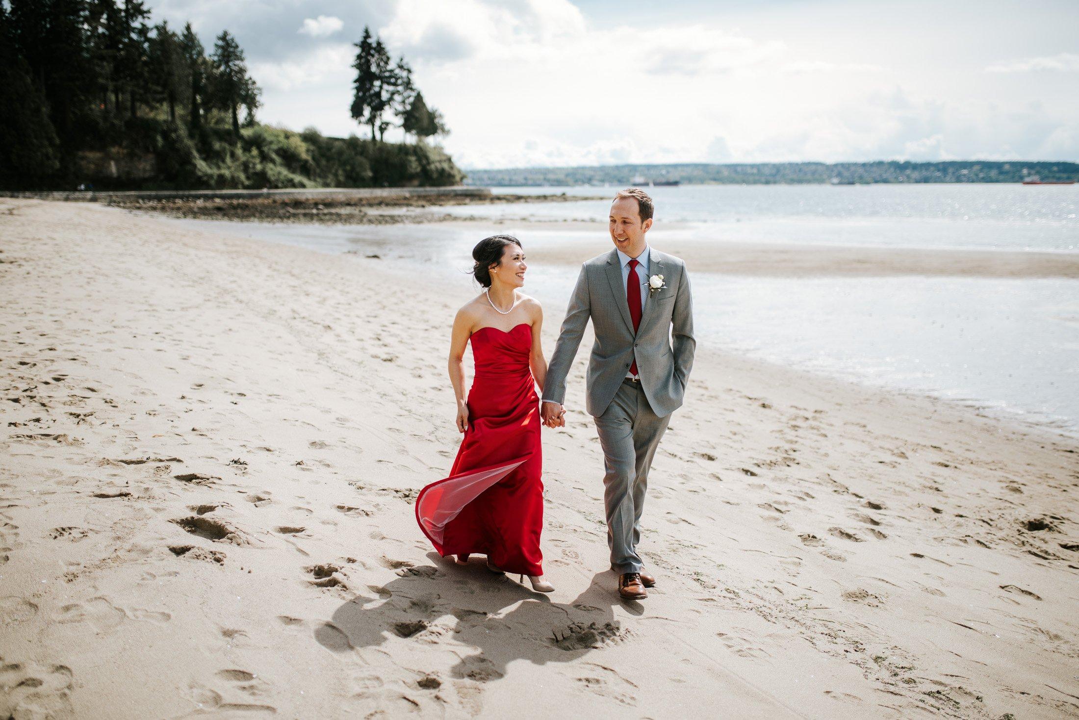 third beach wedding photos