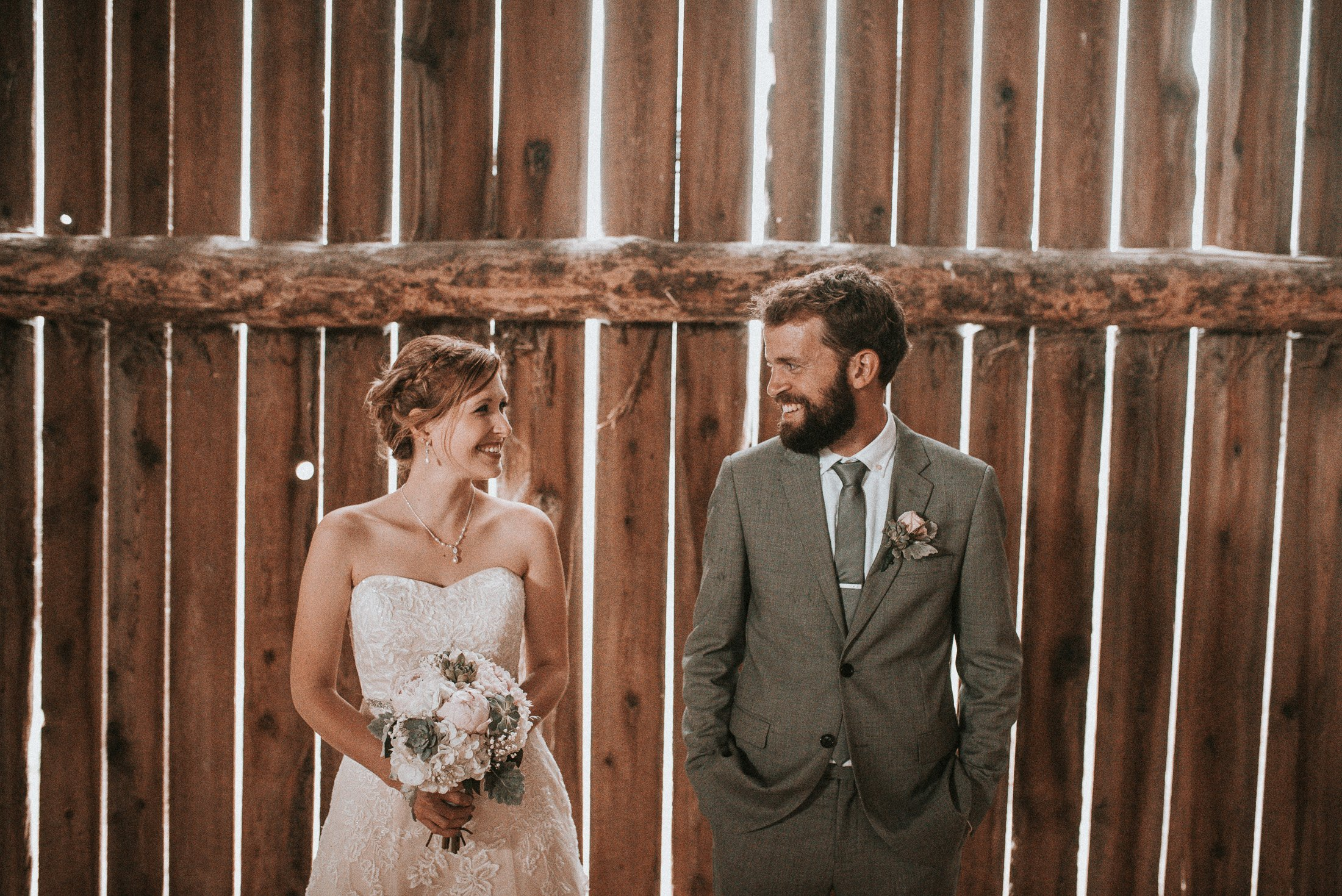 019 - barn wedding
