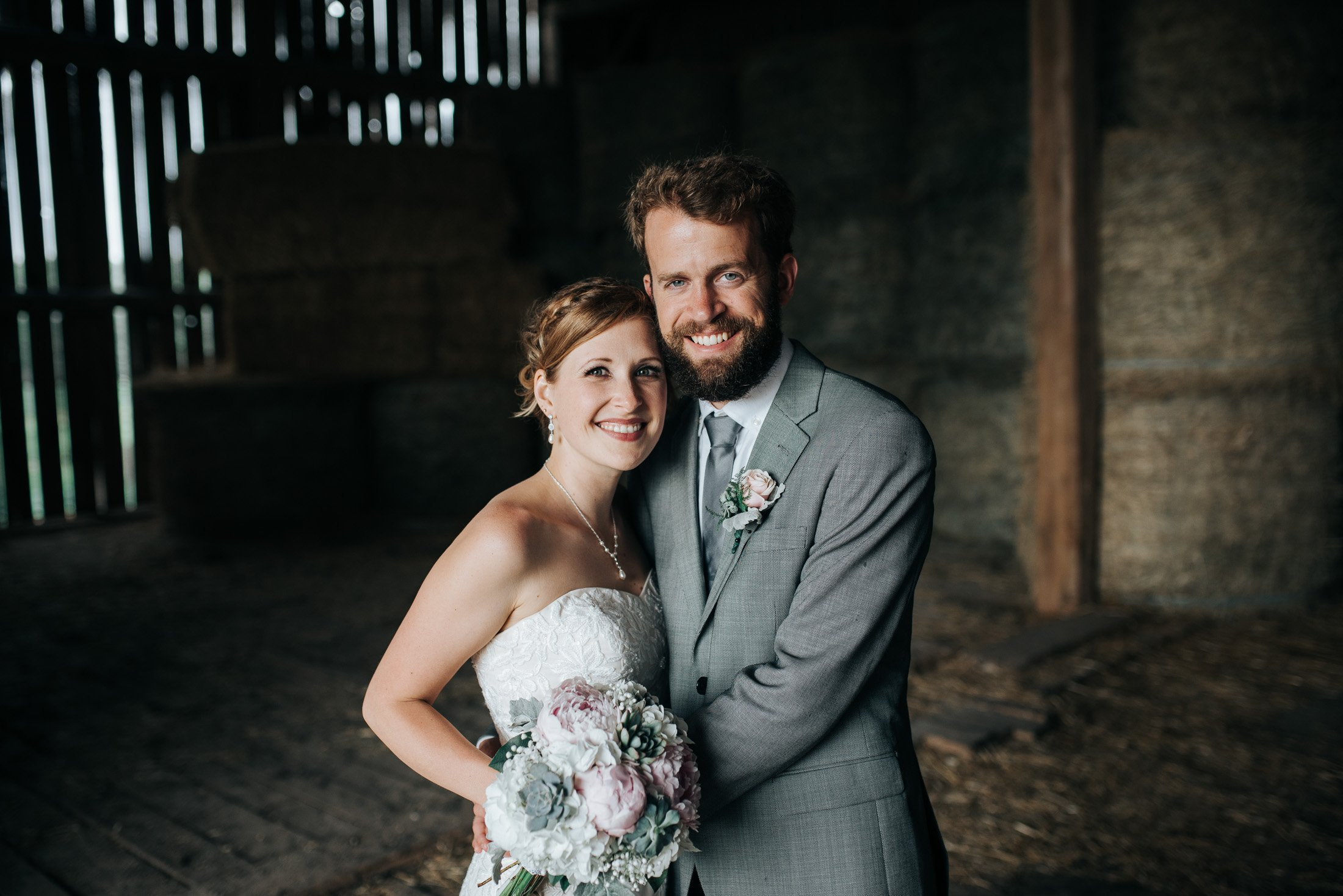 022 - barn wedding photos