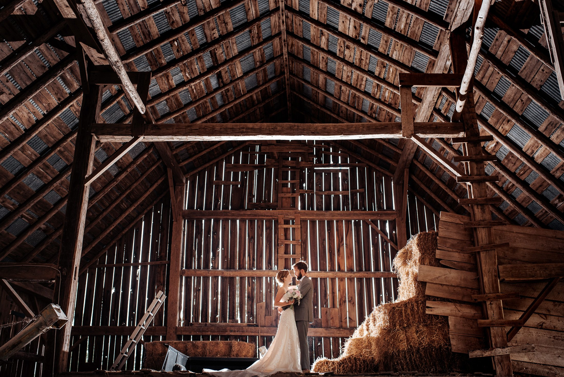 024 - barn weddings
