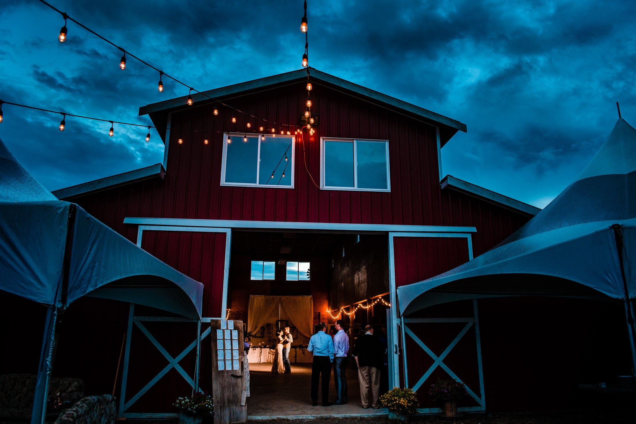 025 - barn wedding first dance vancouver