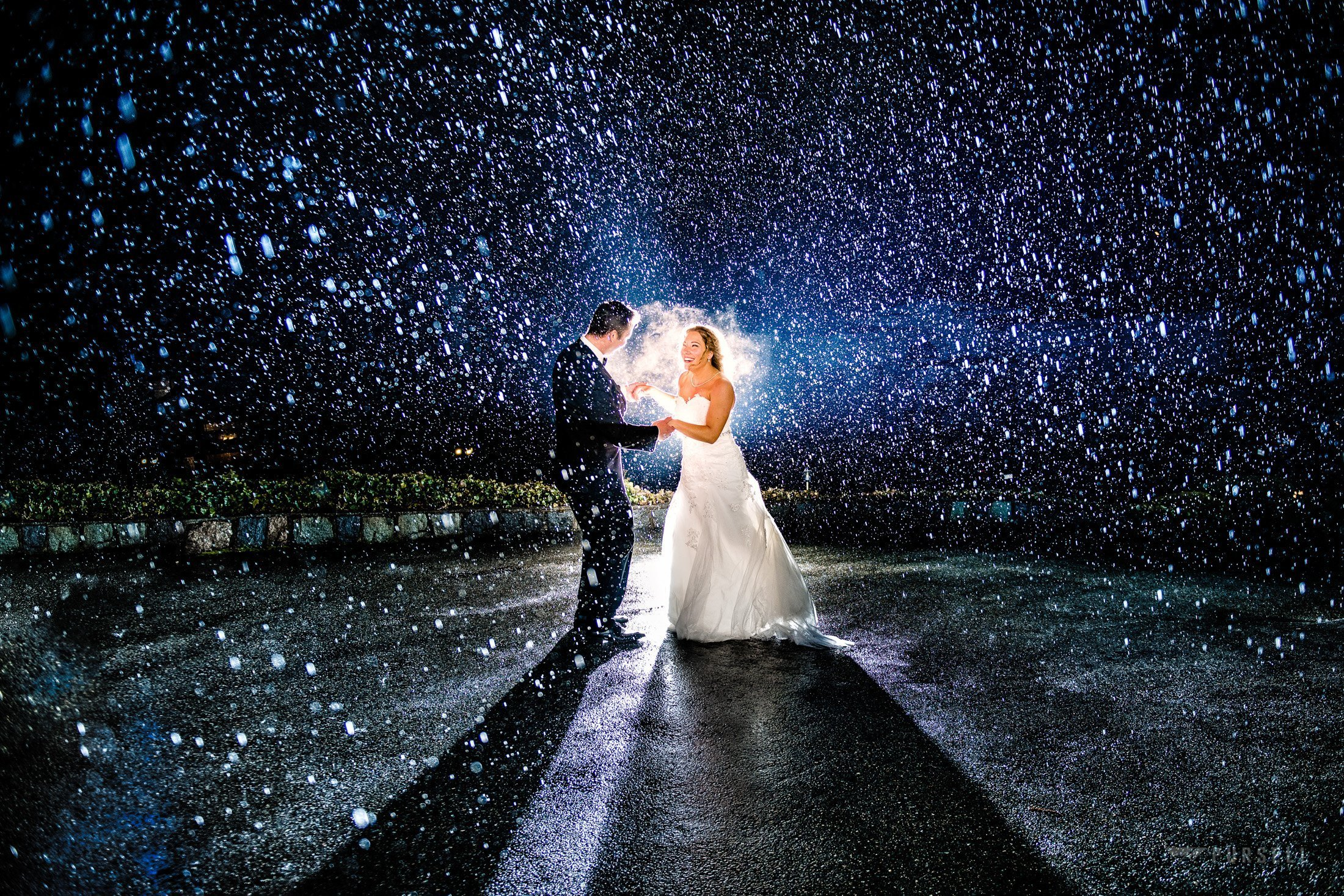 what to do if it rains on my wedding