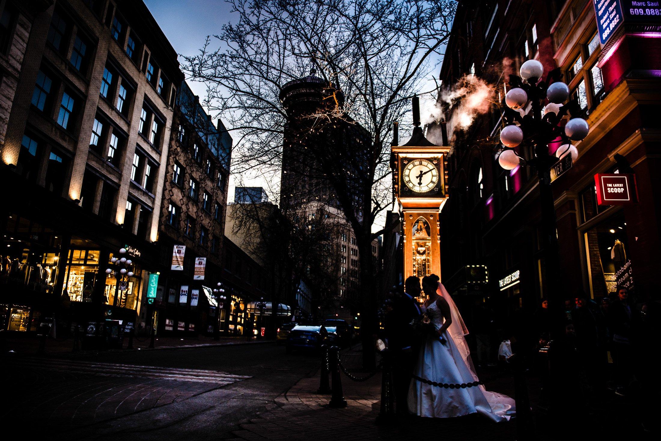 029 - gastown night wedding photo