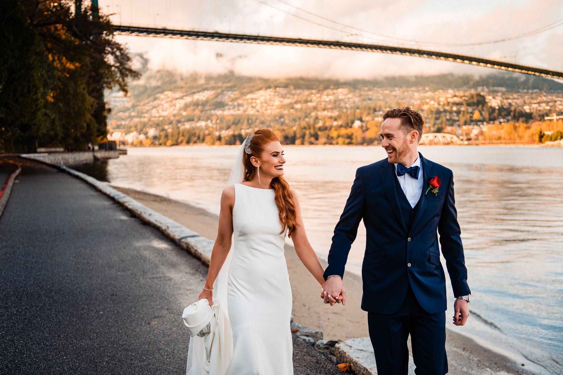 040 - vancouver seawall wedding photo
