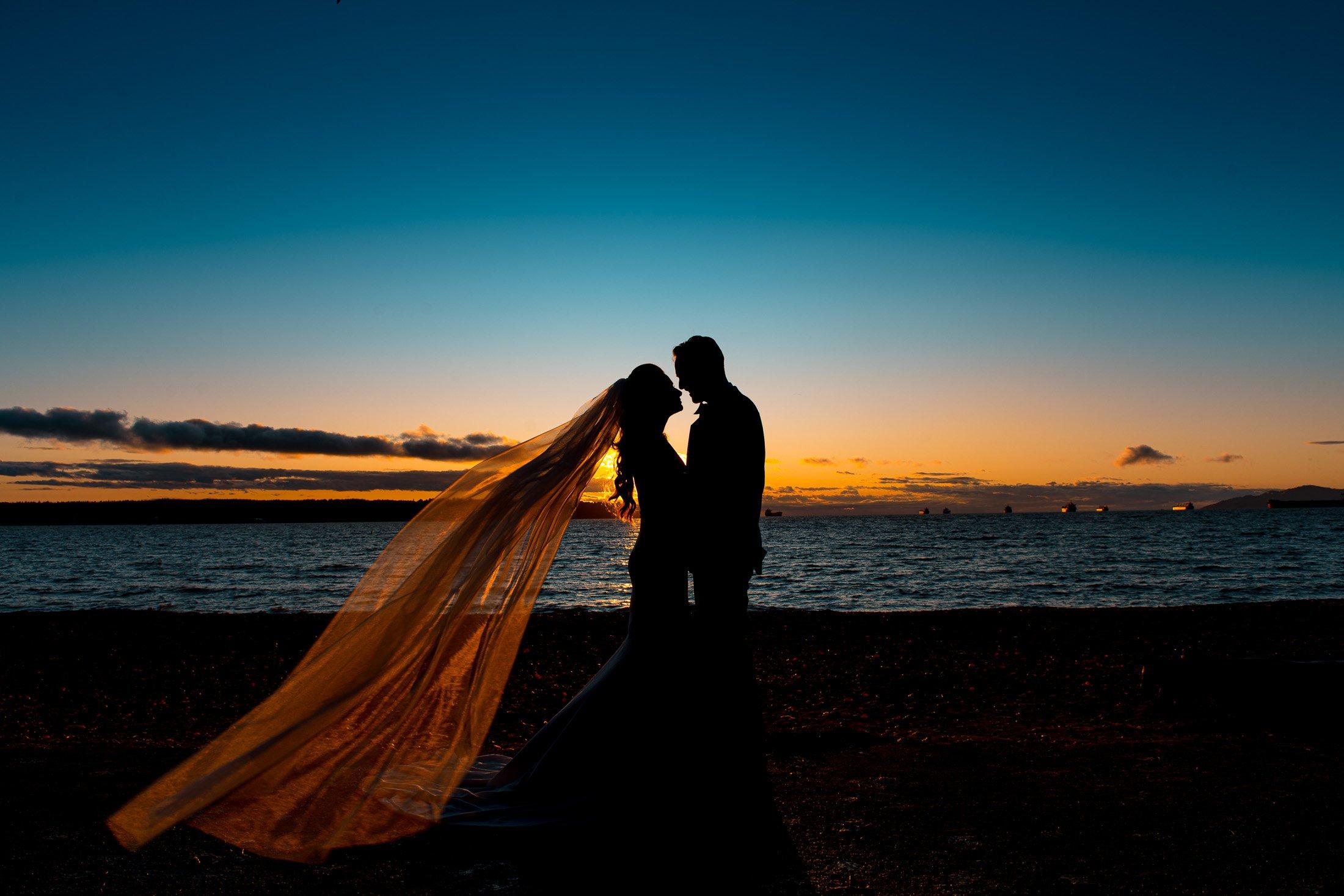 045 - second beach stanley park vancouver wedding photos